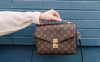 多彩なモデルとラインから織りなすバッグ